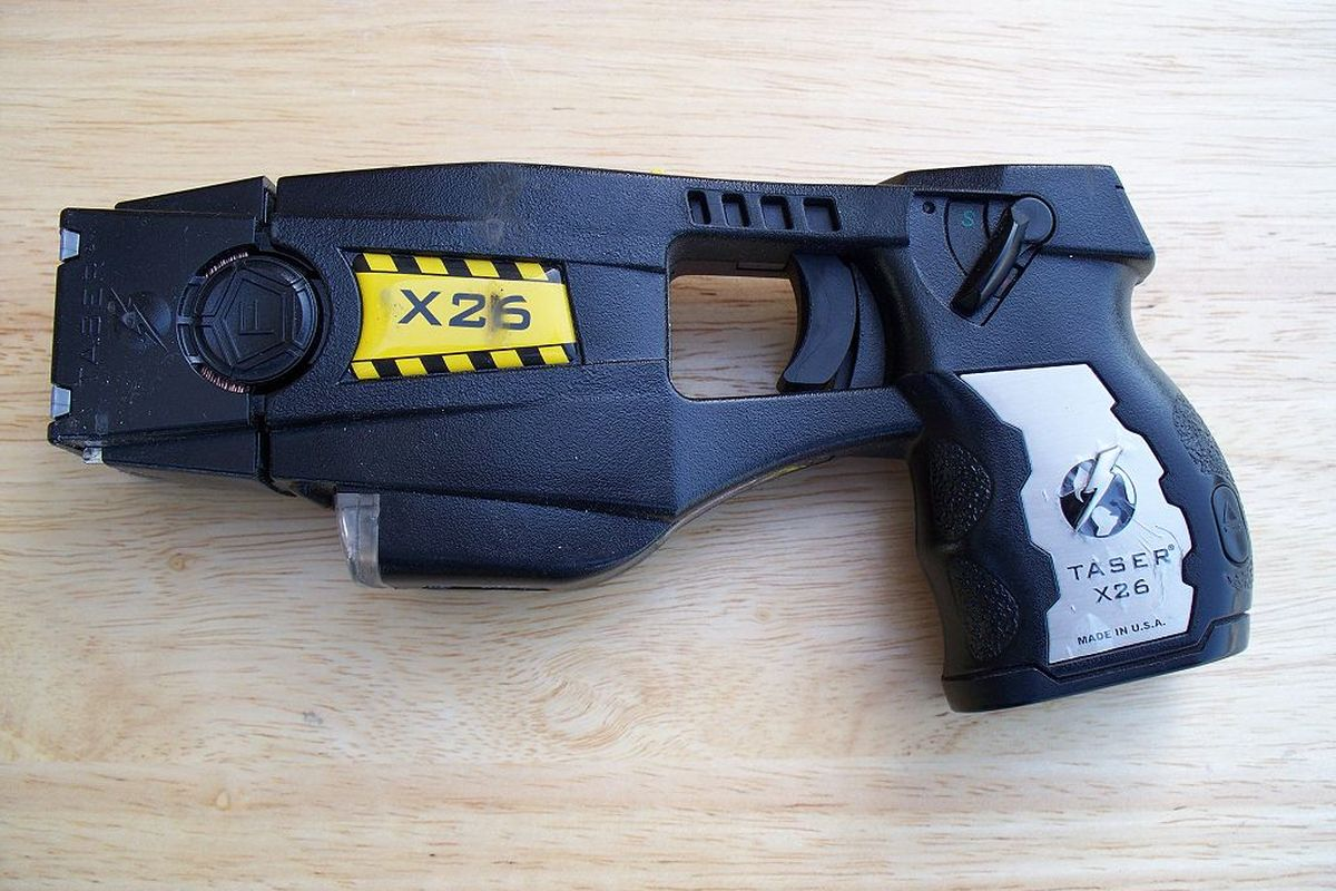 German federal police tests tasers