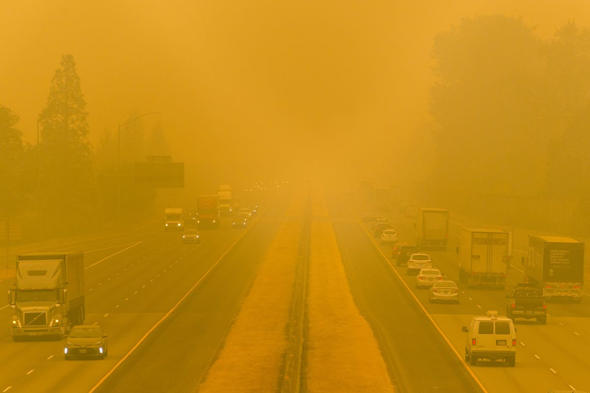 Doctors warn that air pollution caused by wildfires could worsen Covid-19 risk