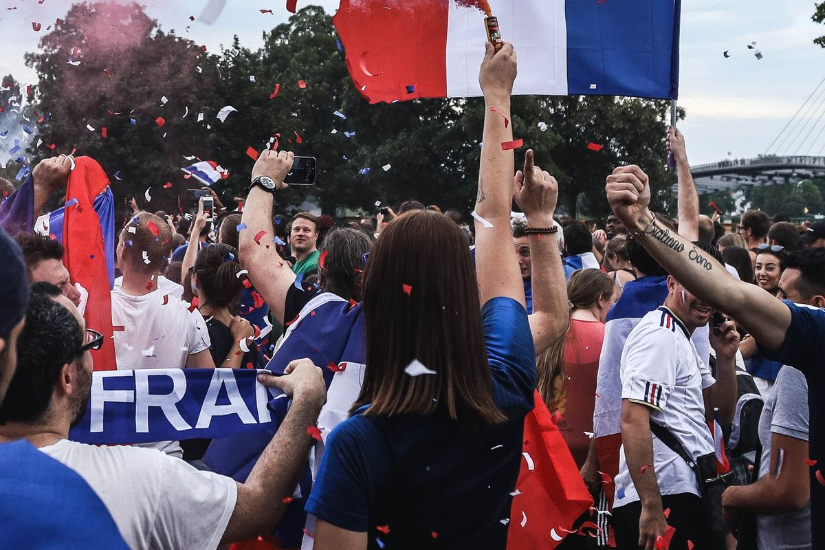 French citizen council decides on climate tax, inland flight ban and other matters