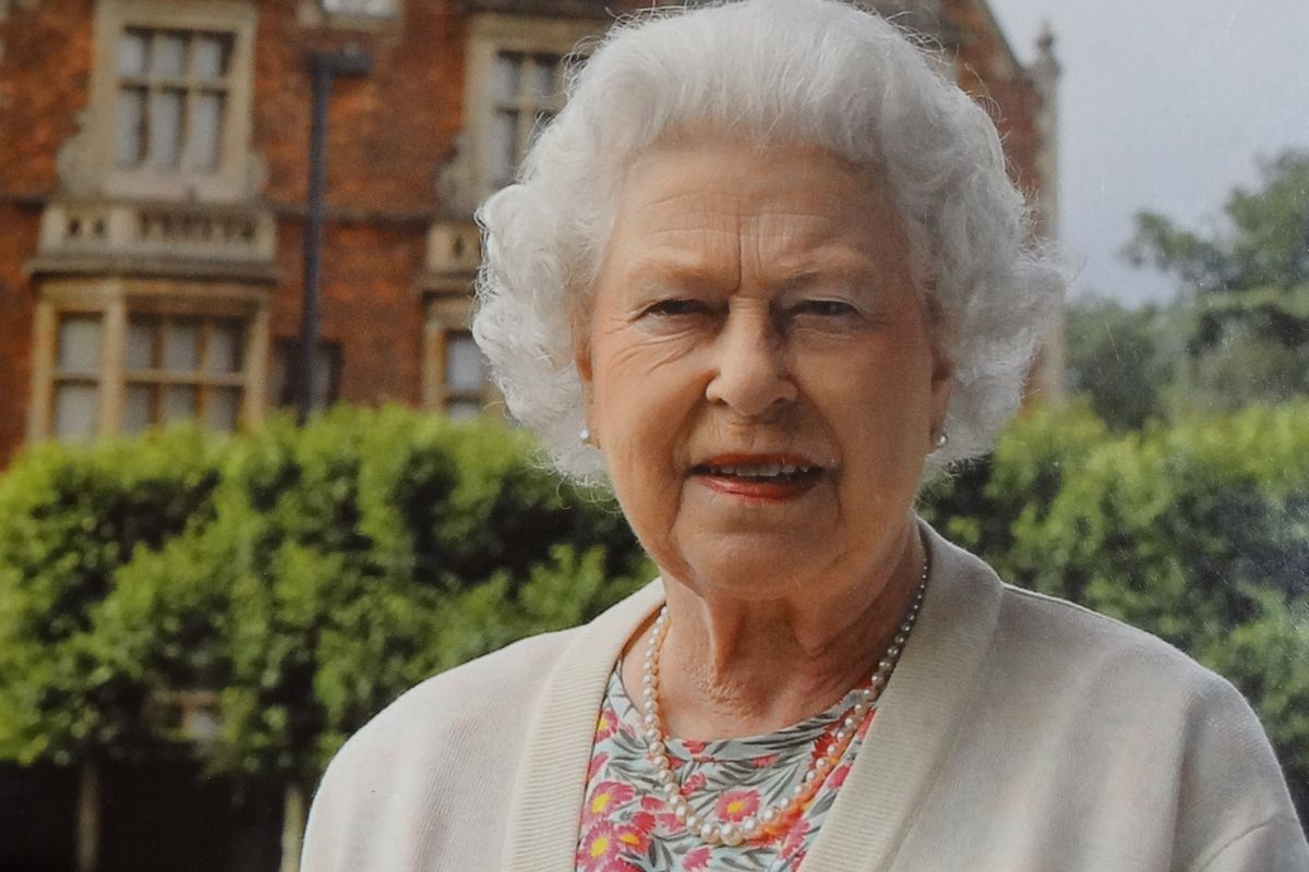 Barbados to drop Queen Elizabeth II as head of state and become a republic