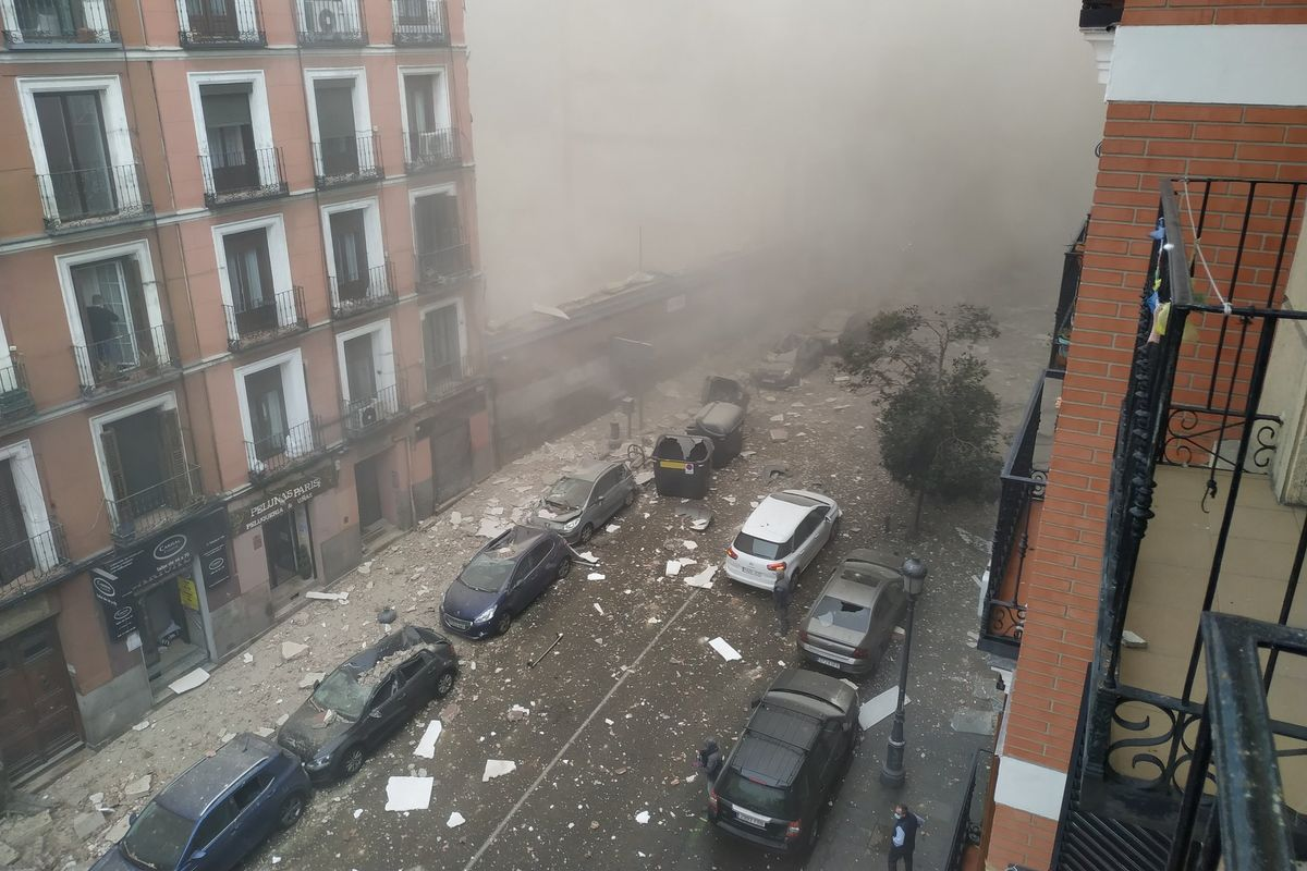An explosion in Madrid destroys building