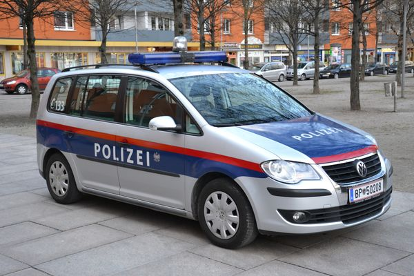 Austria: Trial against former police office for alleged illegal data harvesting