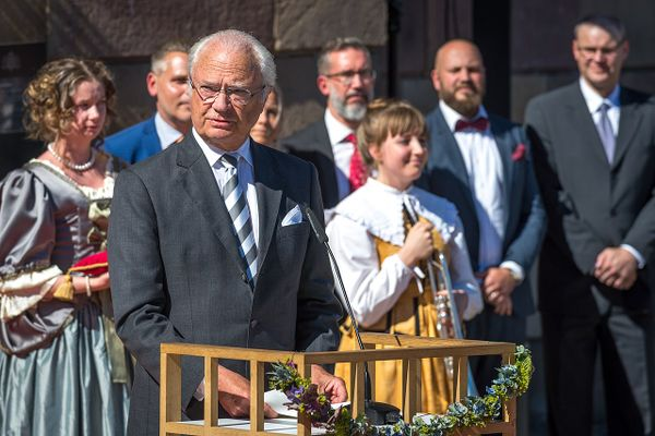 "Swedish King Carl XVI Gustaf says the country's Covid-19 approach ""has failed"""