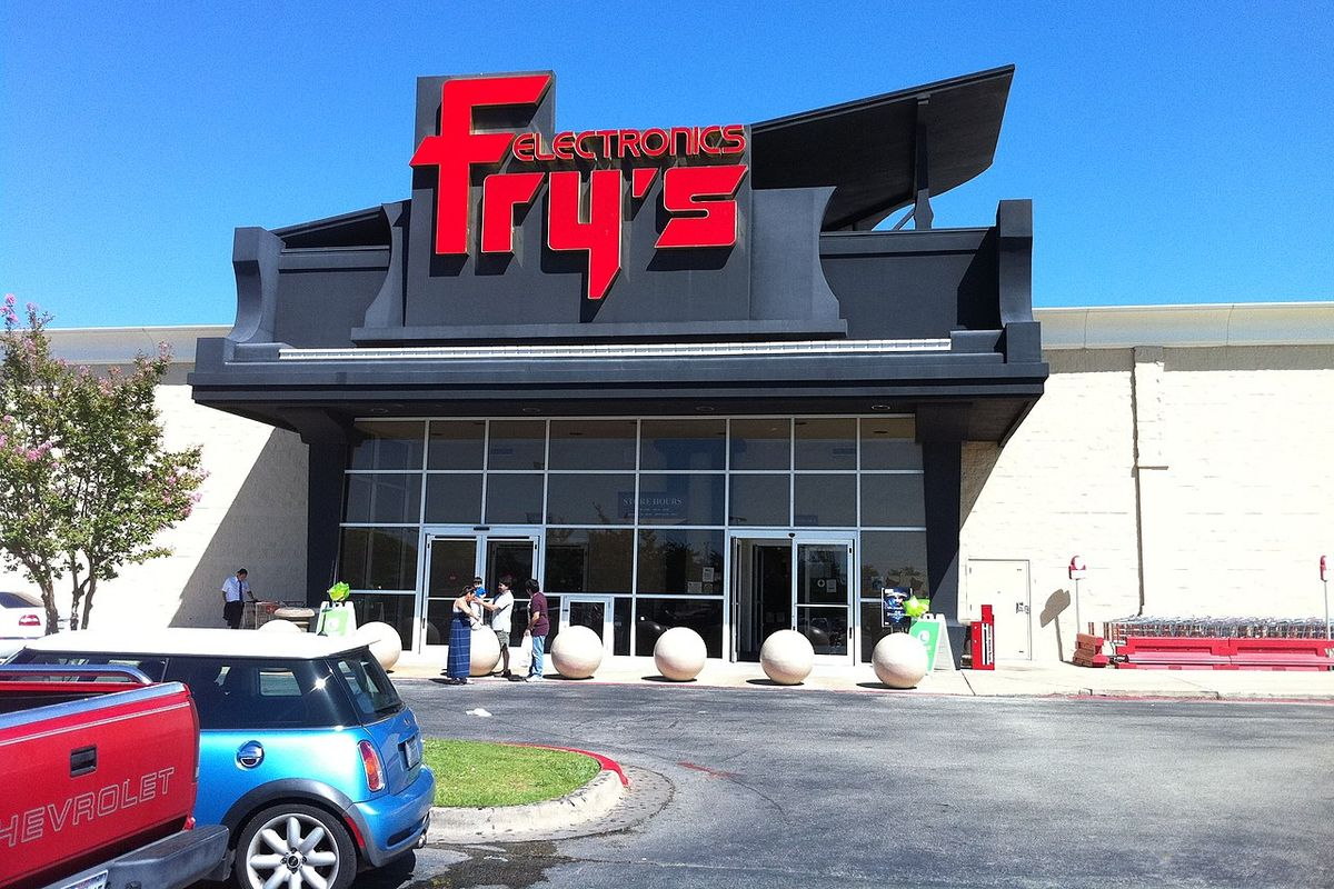 "Retailer ""Fry's Electronics"" closes all 31 stores in the US, ending nearly four decades of business."