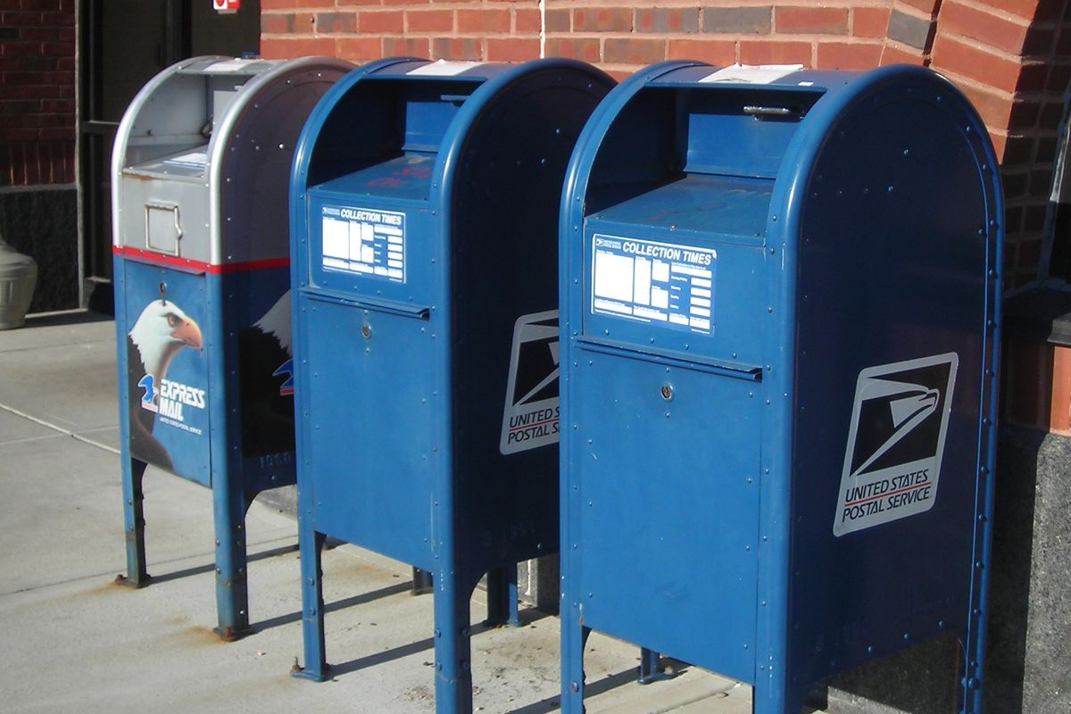 Workers in Washington defy USPS orders and reinstall mail sorting machines