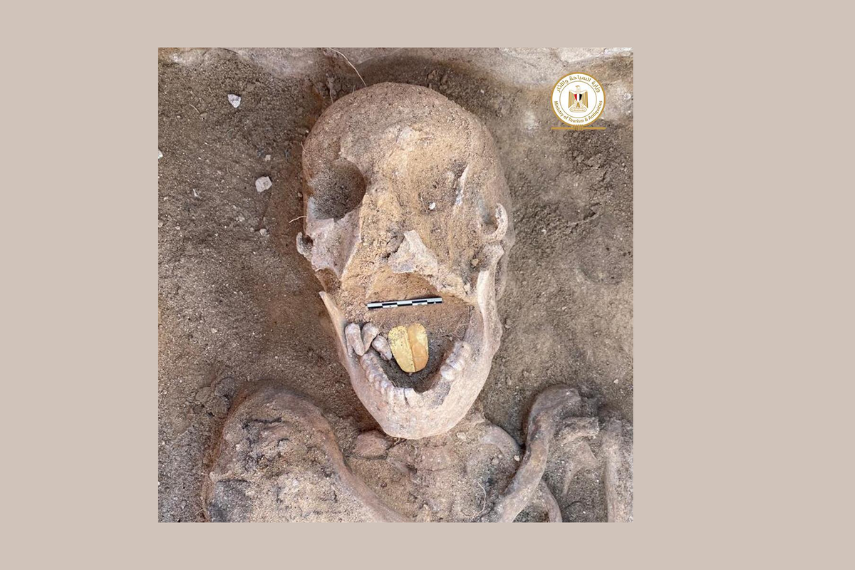 Mummies with golden artifact tongues found in Egypt