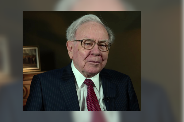 Star investor Buffett bought back Berkshire stock for almost 25 billion dollars in 2020