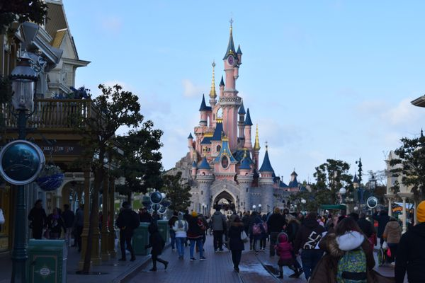 Disneyland Paris reopening delayed until April