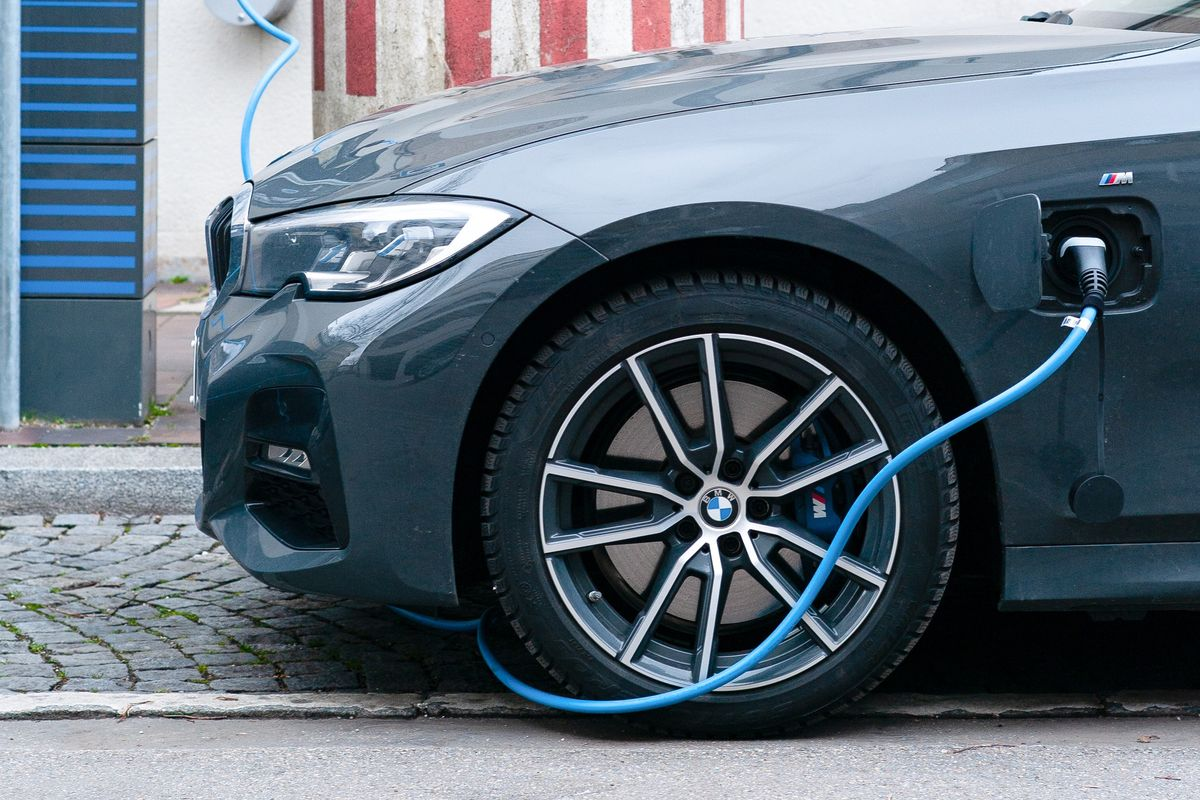 Germany plans on making electric car charging options mandatory for petrol stations