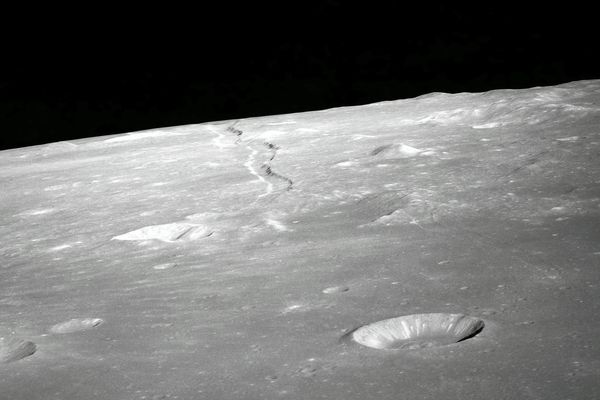 Nokia will establish mobile network on moon by 2022