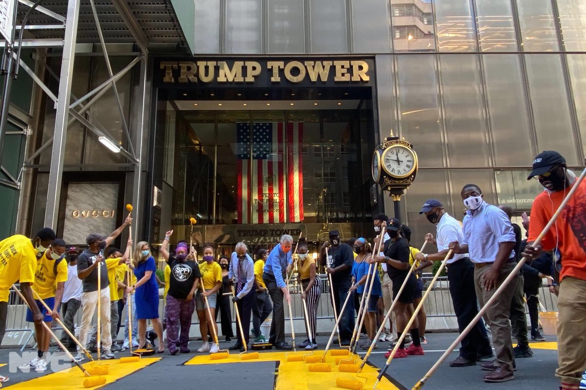 """""""Black Lives Matter"""" mural painted outside of Trump Tower"""