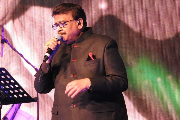 Singer SPB performing in Singapore
