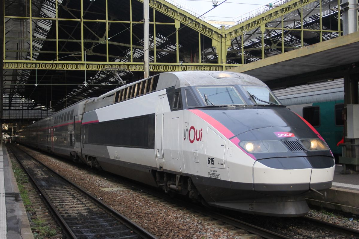 French state railway SNCF estimates a loss of 2 billion euros due to Covid-19
