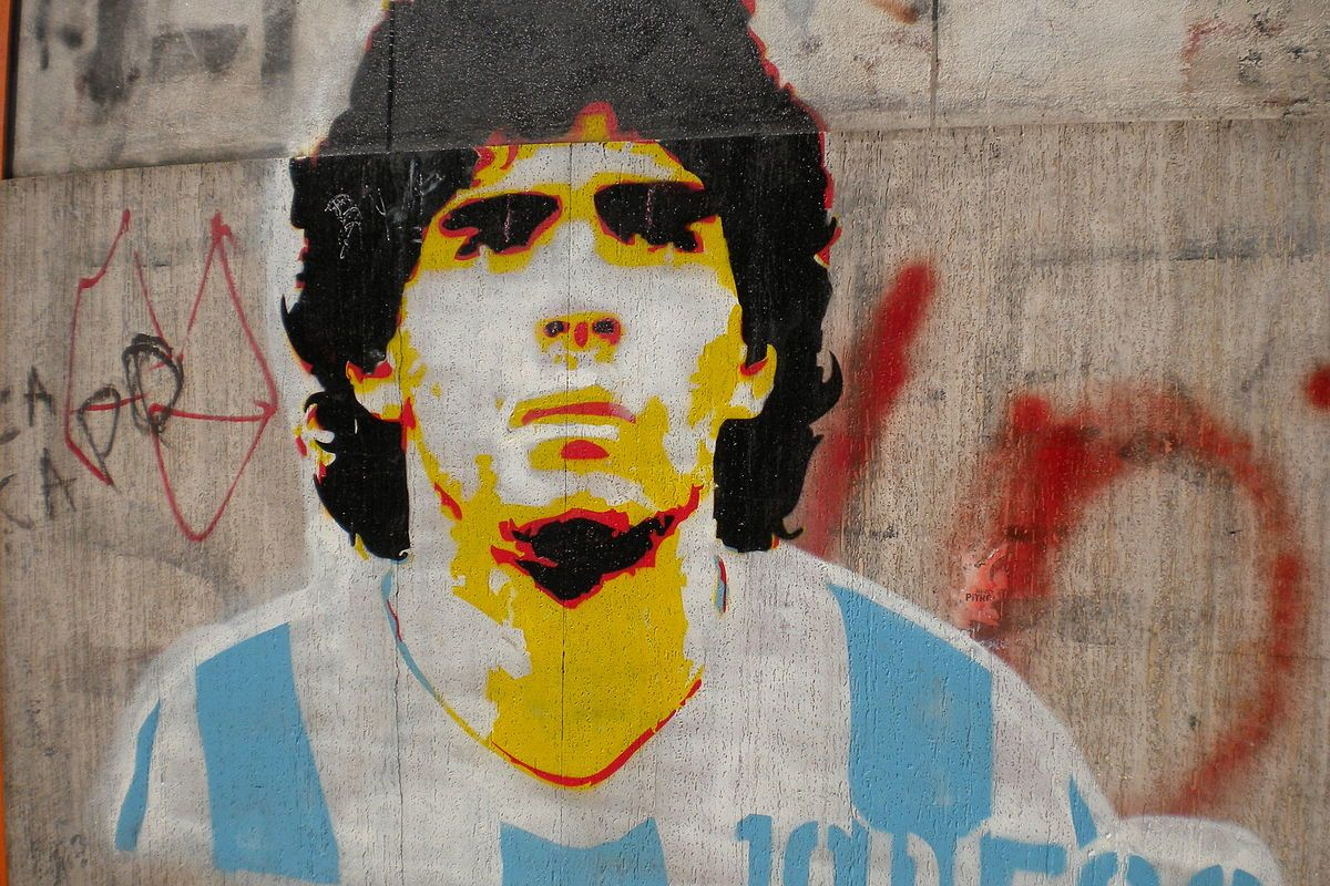Argentinean police raid house and clinic of Diego Maradona's doctor