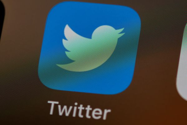 Twitter revenue rises 14%, but user growth failed to impress