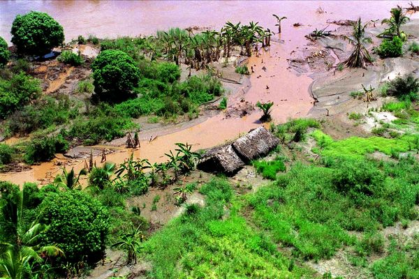 An aerial photograph of flooding on the Tana River, Kenya