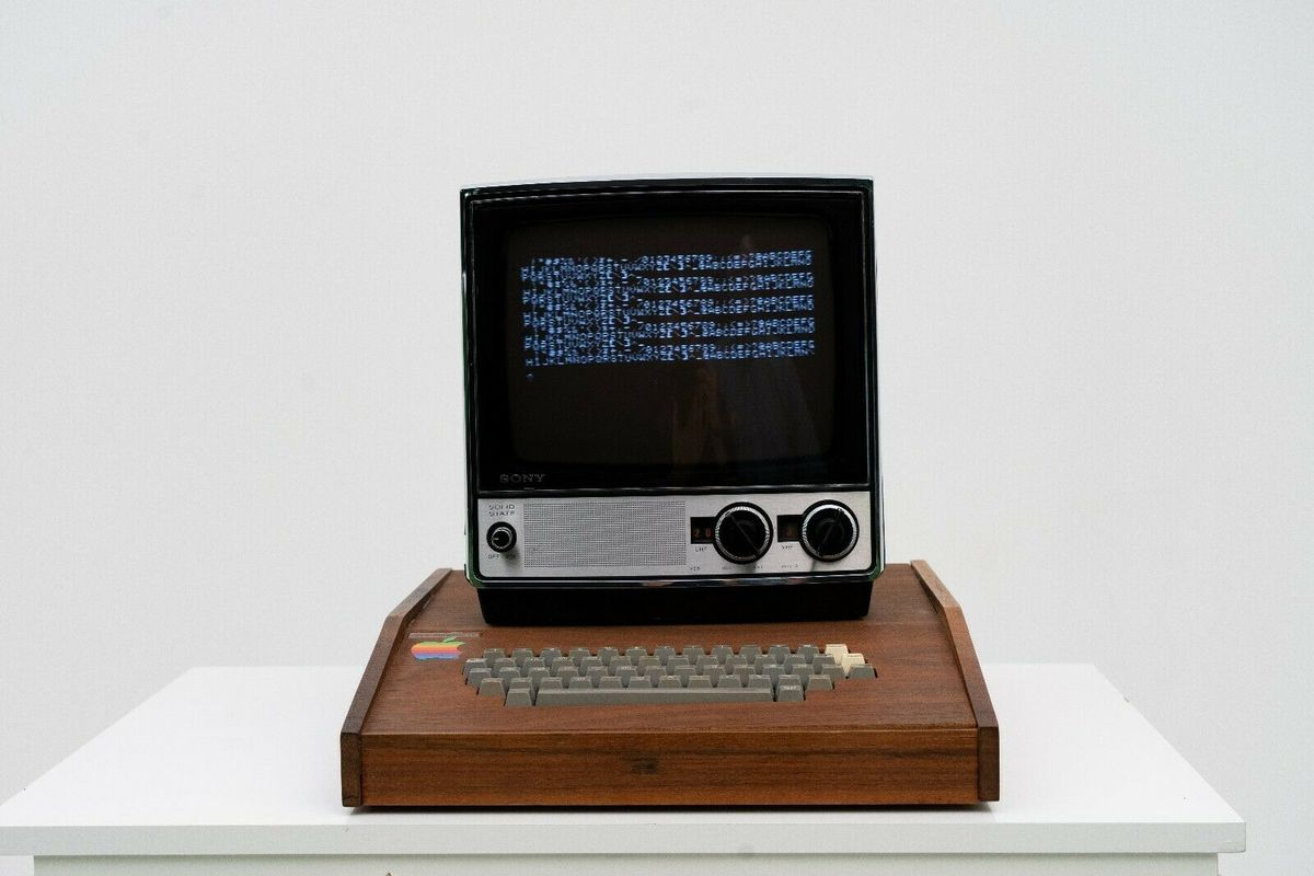 "Original ""Apple I"" computer on sale for $1,5 million on Ebay"