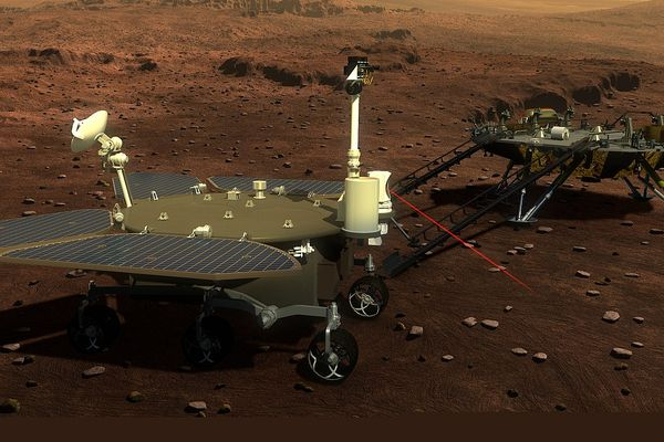 Artist's impression of the Tianwen-1 rover surveying on mars surface.