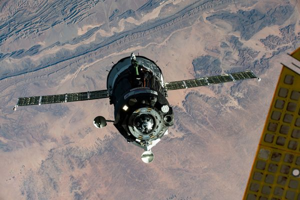 Soyuz approaching the ISS