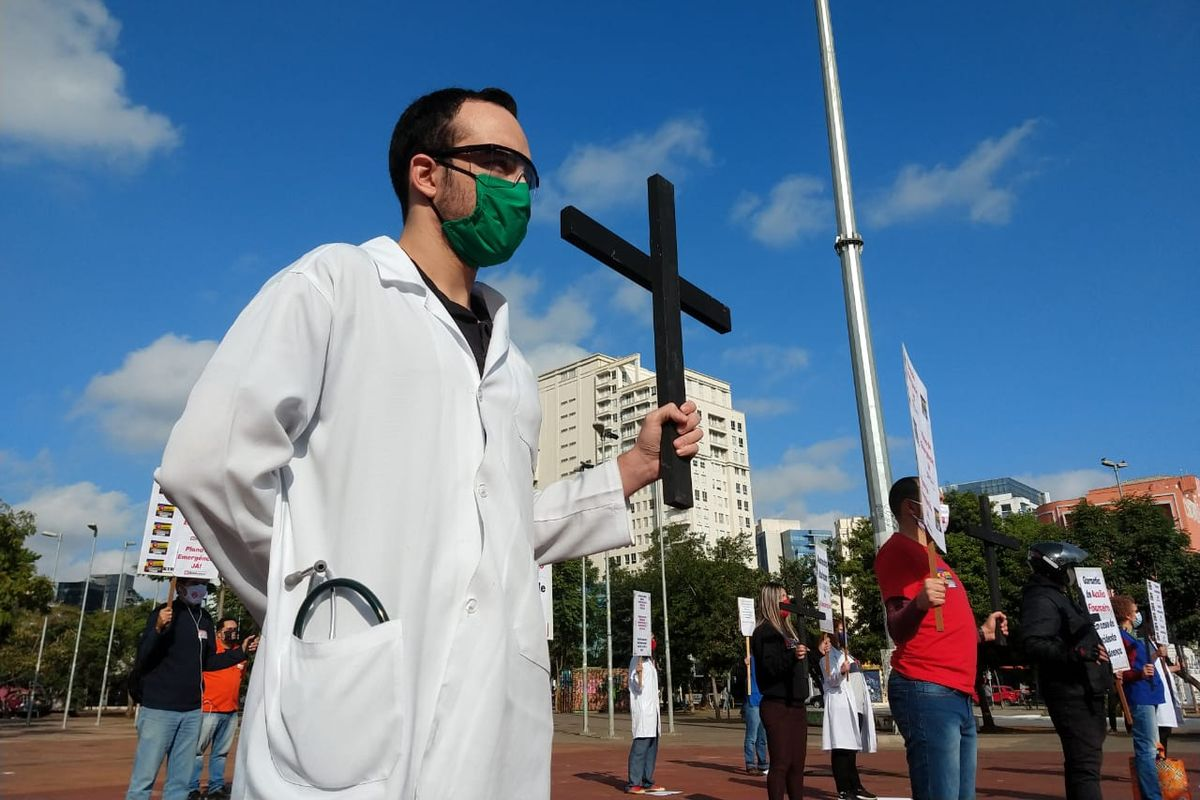 Brazilian Covid-19 death toll reachs 9,897 after new daily record with 751 fatalities