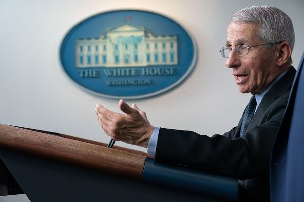 Fauci: Covid-19 vaccine won't eliminate need for masks and social distancing