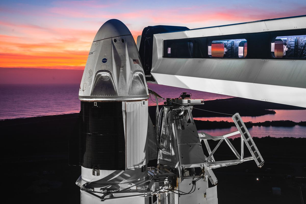 SpaceX raises $346 million a day before of debut astronaut mission