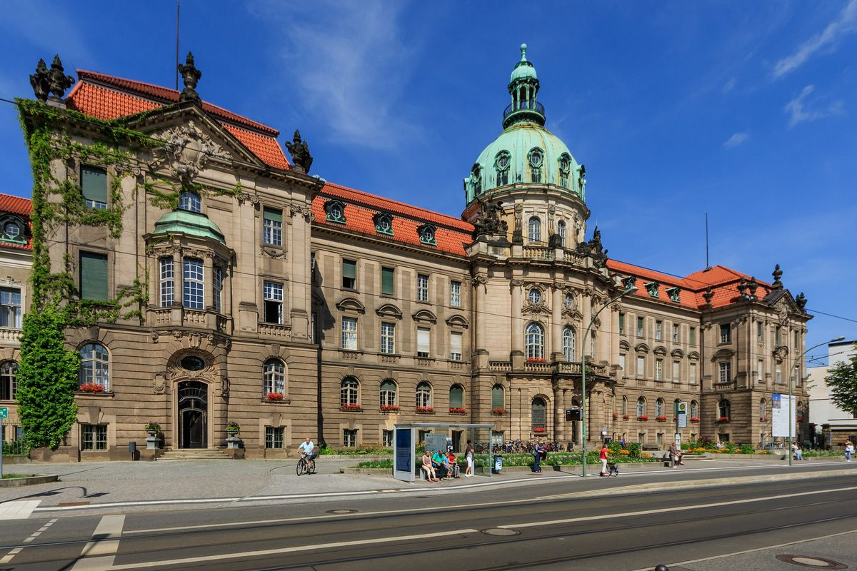 """Germany: Potsdam city administration sued by """"Frag den Staat"""" transparency initiative"""