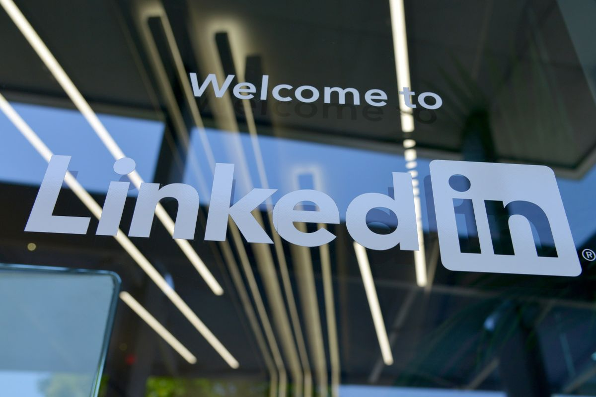LinkedIn to cut 960 jobs globally