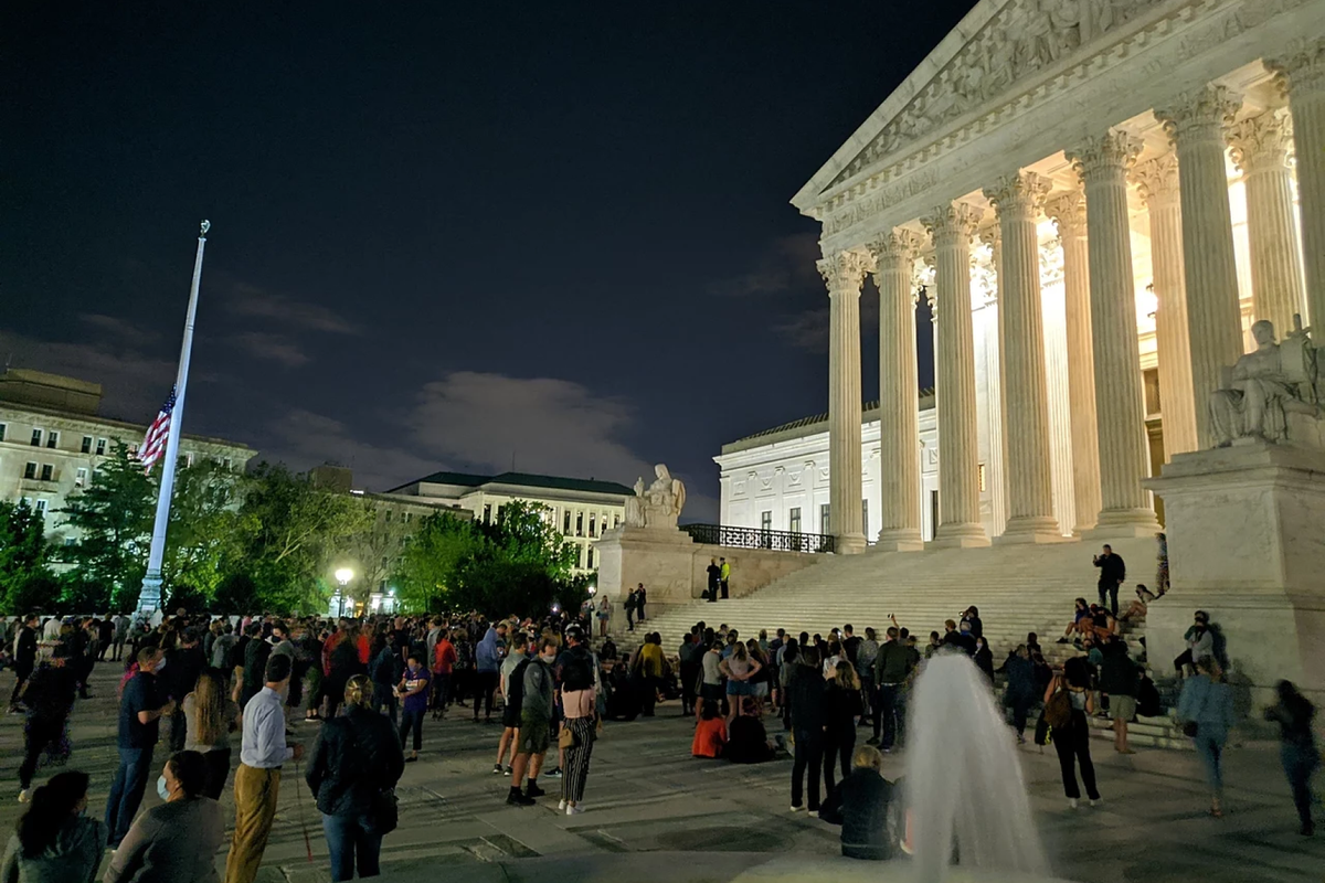 Hundreds gathered outside the Supreme Court to mourn Ruth Bader Ginsburg