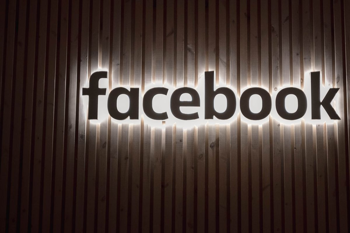 """Facebook shows tool to suppress words like """"unionize"""" in productivity tool Workplace"""