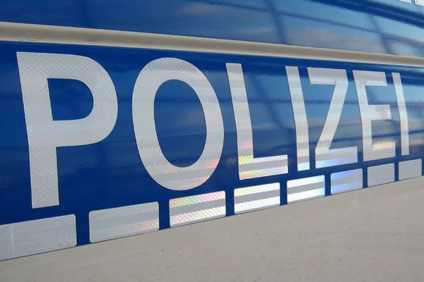 Germany: Investigation against right-wing extremist chat groups at the Berlin police