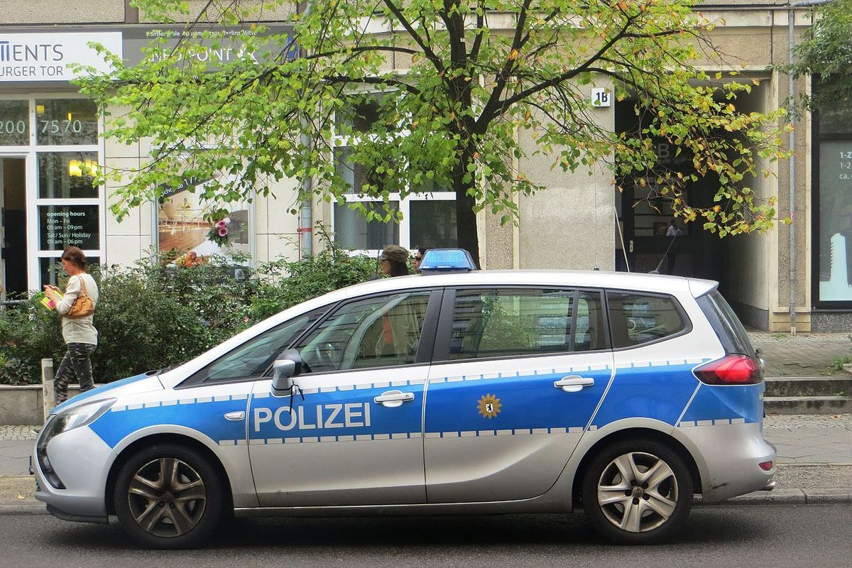 Berlin police bust party with 32 attendees amid coronavirus lockdown