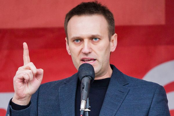 Russian opposition leader in coma with suspected poisoning