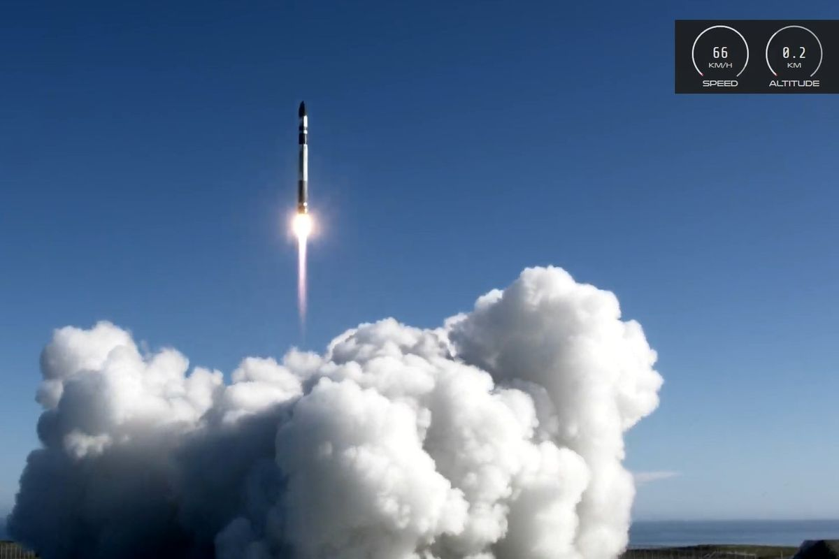 Rocket Lab launches Earth-observing satellite for Capella Space