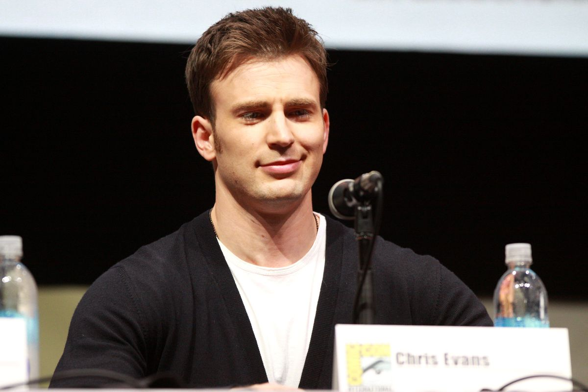 Chris Evans nears deal to reprise Captain America role In future Marvel project