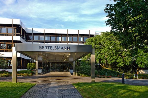 German media group Bertelsmann to acquire Simon & Schuster for more than $2 billion
