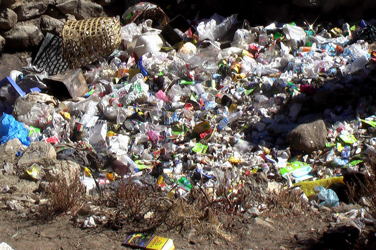 Gallery in Nepal to display art made of rubbish left on Mount Everest