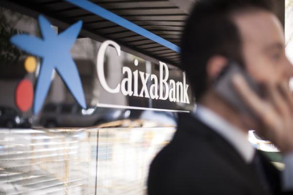 Spain: CaixaBank and Bankia merger blessed by shareholders
