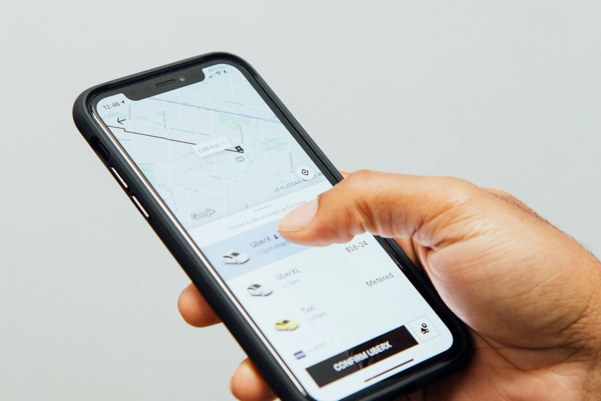 Uber could pause ride-hailing in California if drivers become employees