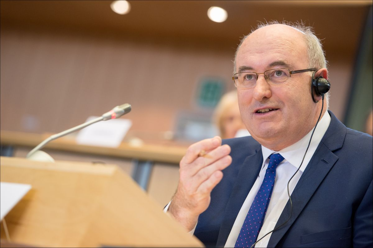 Phil Hogan resigns as EU trade commissioner after breaching Ireland Covid guidelines