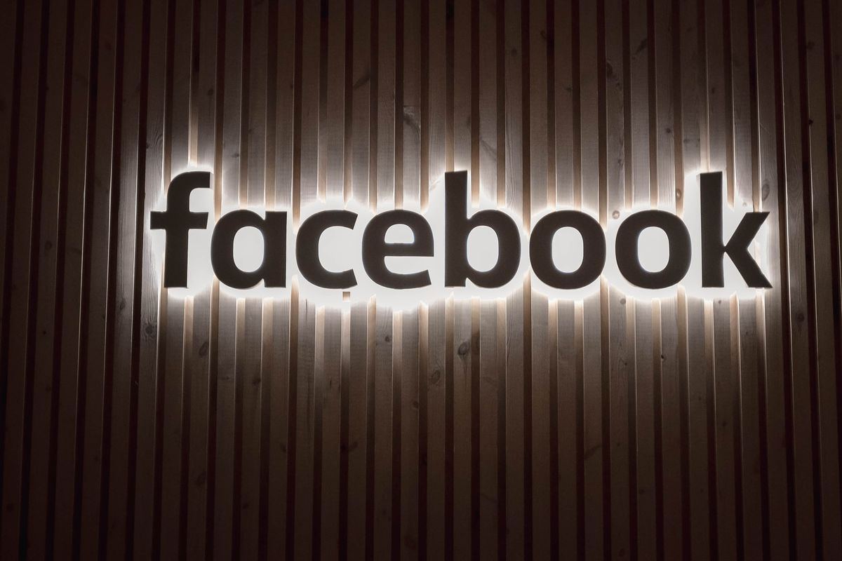 """Facebook to add labels to """"problematic content"""" from public figures"""