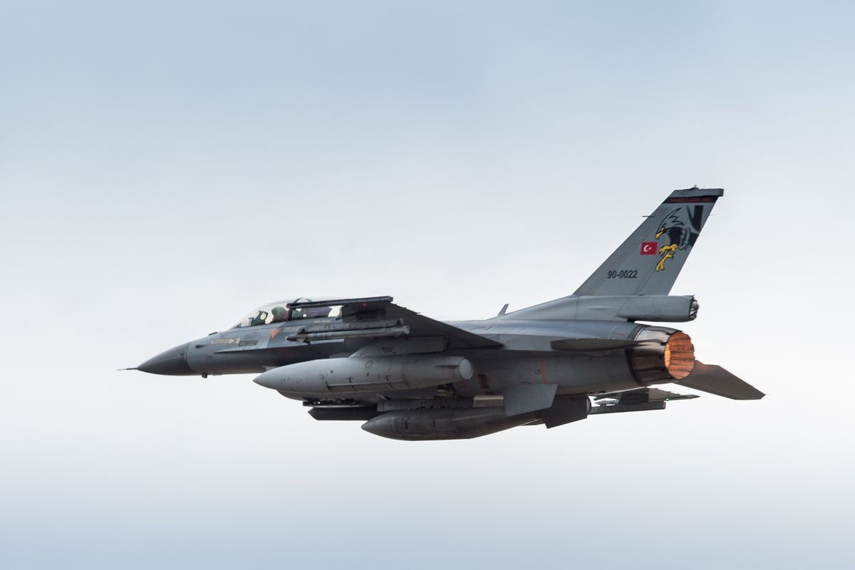Armenia accuses Turkey of shooting down its fighter jet