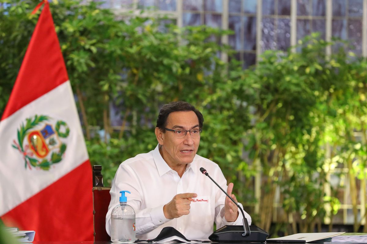 Peru: former president and leaders were vaccinated against the coronavirus before the national campaign began