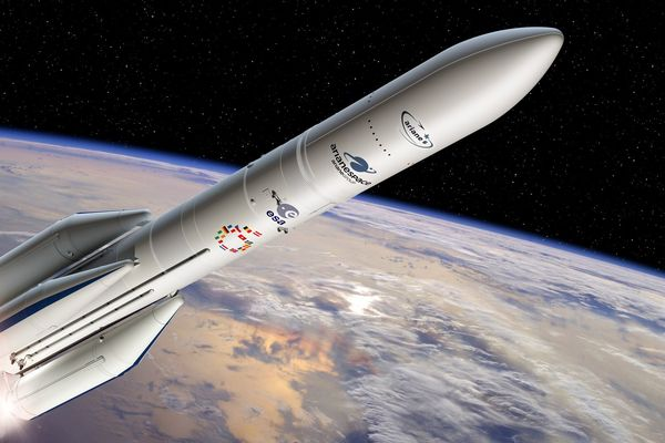Artistic view of Ariane 6 rocket with four boosters