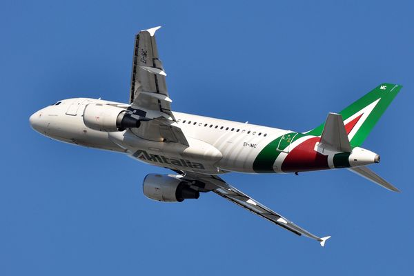 Alitalia to resume international flights from Milan