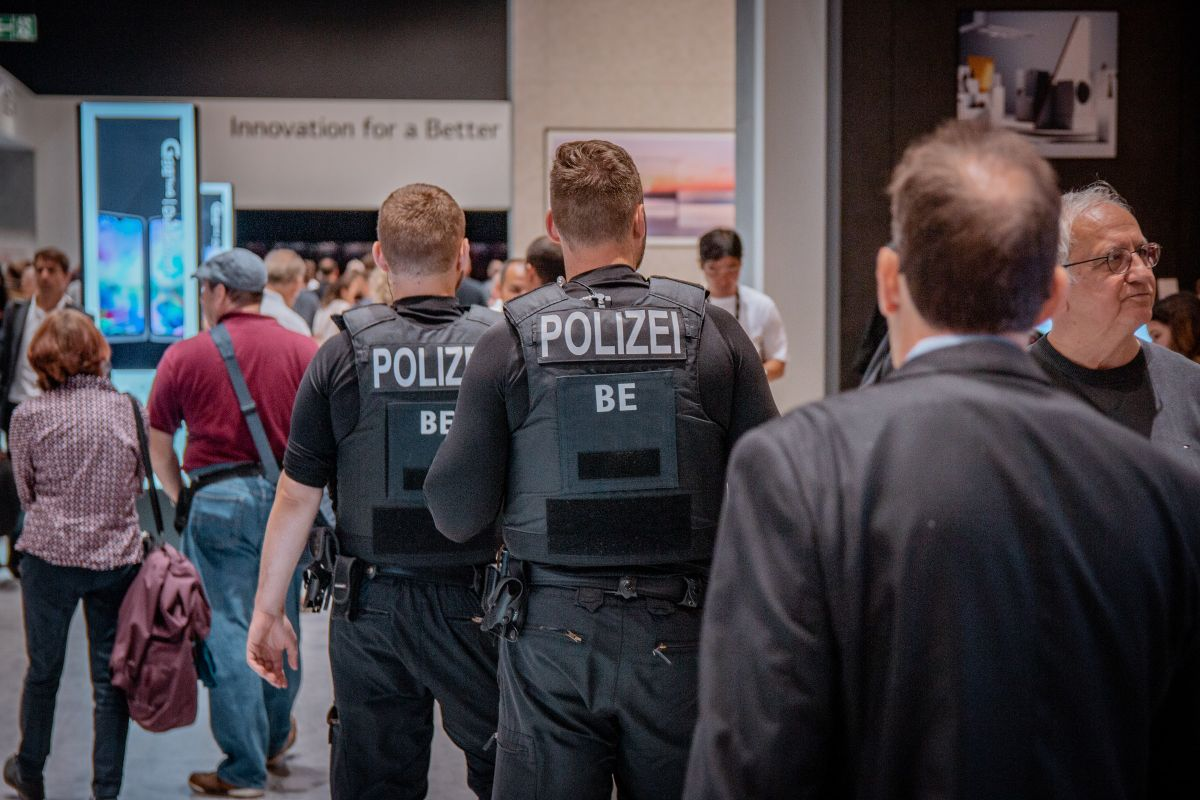 Germany: More than 1,000 police officers fell ill due to Corona