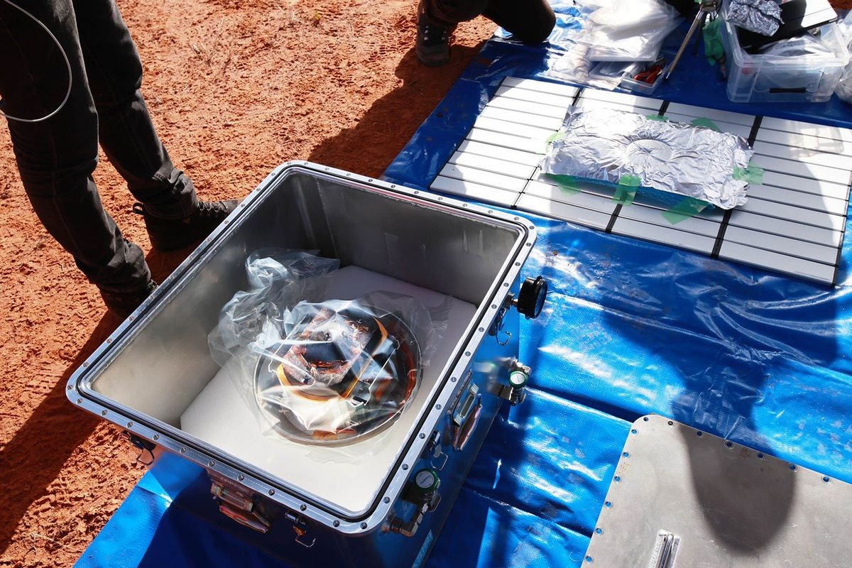 Japanese Aerospace Exploration Agency successfully lands capsule with asteroid samples