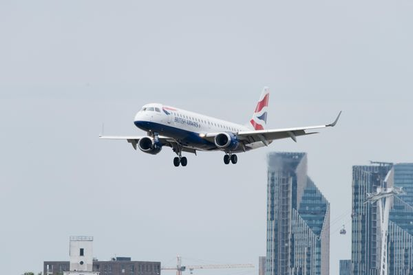 Several European countries halt landing of British flights after detection of new virus mutation