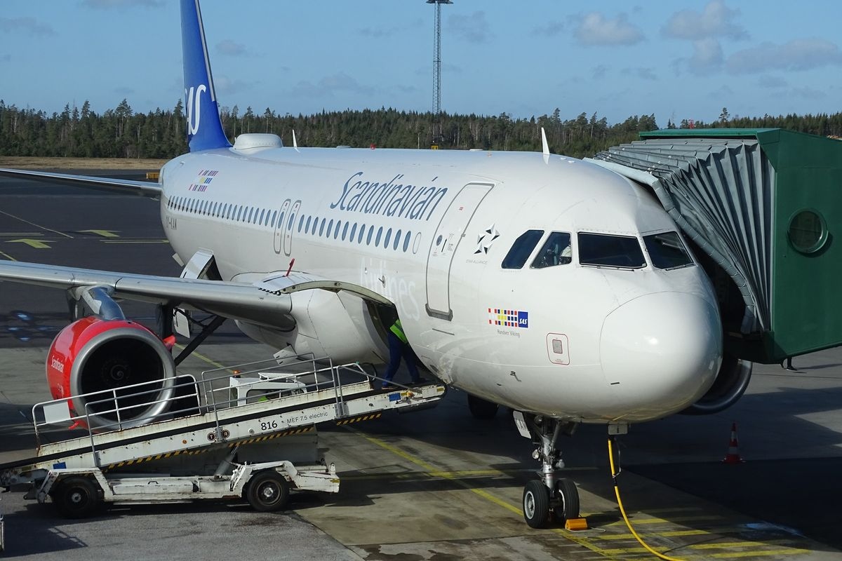 Swedish and Danish governments to rescue SAS airline