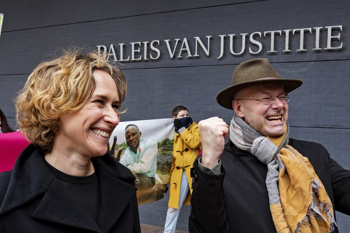 Dutch Court Orders Shell Oil to Pay for Harm Done to Nigerian Farmers